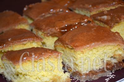 Ciasto Ucierane z Budyniem i Jabłkami Ciasto Ucierane z Jabłkami